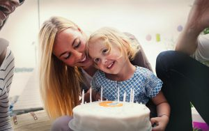 Birthdaycake and family