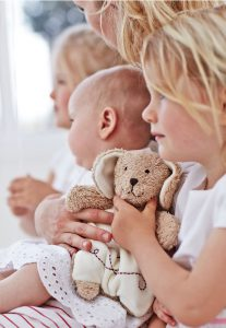 children with teddy