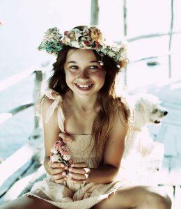 girl wearing coronal