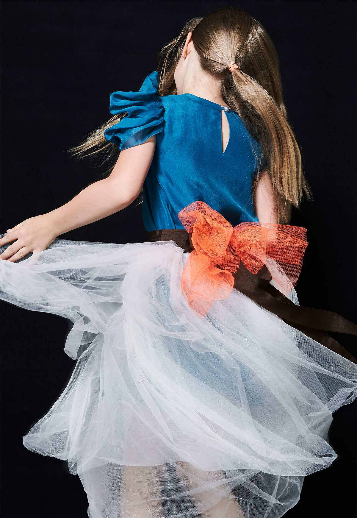 girl with a dress dancing